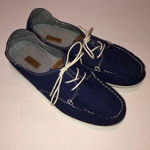 OluKai Heleuma Canvas Navy Blue and White Shoes 8